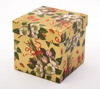 "Подарочная коробка ""Roses and Berries"" (11х11х11 см)"