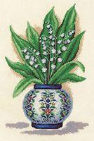 """Вышивка крестом """"Ландыши в китайской вазе"""""""