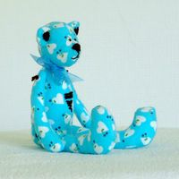 """Кукла ручной работы """"Медвежонок"""" (голубой)"""