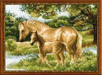"""Вышивка крестом """"Лошадь с жеребенком"""" (400х300 мм)"""