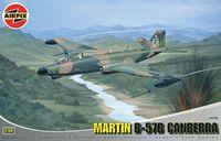 """Бомбардировщик и разведчик """" Martin B-57B Canberra"""" (масштаб: 1/48)"""