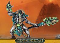 "Миниатюра ""Warhammer 40.000. Finecast: Necrons Cryptek"" (49-62)"